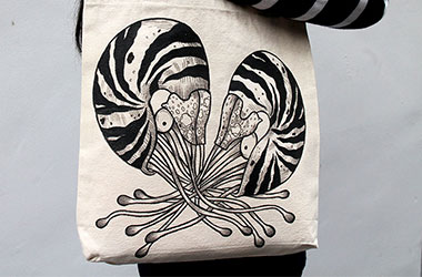 Wermdogg - Dueling Nautilus (Bag) by Singapore female artist Xinlin