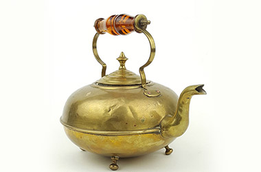 Brass Kettle, Thoughts of The Past
